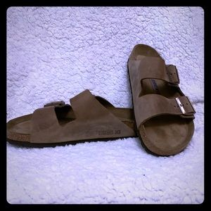 Brown leather Birkenstock sandals women size 9